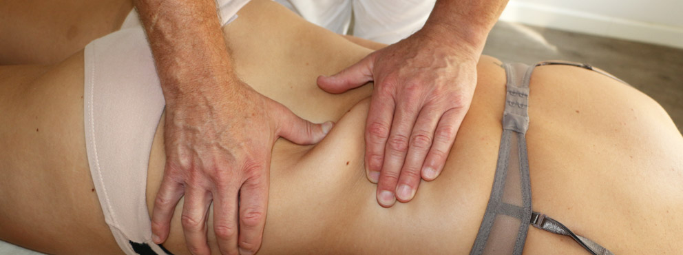 Massage am Rücken - Physiotherapeutische Praxis Nast-Kolb München